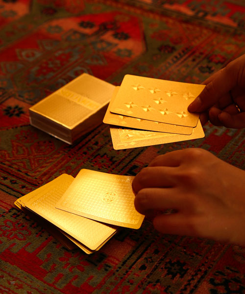 GOLDEN CARDS